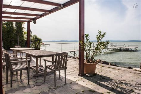 Lake Houses Airbnb | top balaton airbnb apartments budapestagent com