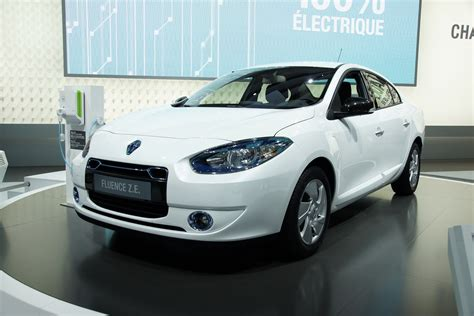 renault fluence ze renault fluence z e priced 163 17 850 otr after 163 5 000 plug