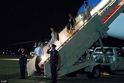 air one inside barack obama barack obama congratulates lebron following cleveland s