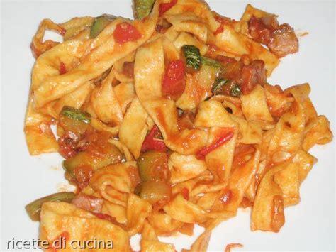 come cucinare pasta e zucchine come cucinare le tagliatelle con le zucchine ricette di