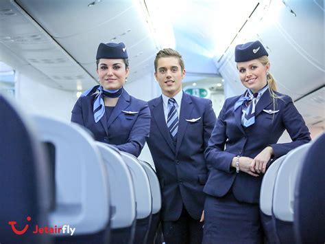 cabin crew members tui fly belgium on quot wij zoeken nieuwe cabin crew