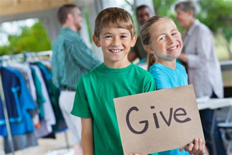 charities during christmas expose your child to the importance of charity