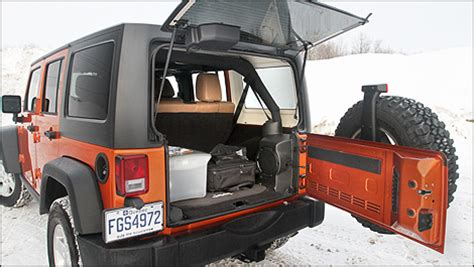cargo space in jeep wrangler unlimited cargo capacity of jeep wrangler unlimited autos post