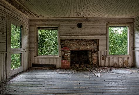 abandoned homes abandoned house darren ketchum