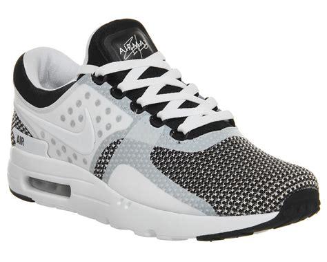 Sepatu Nike Airmax Zero Black nike air max zero black white unisex sports
