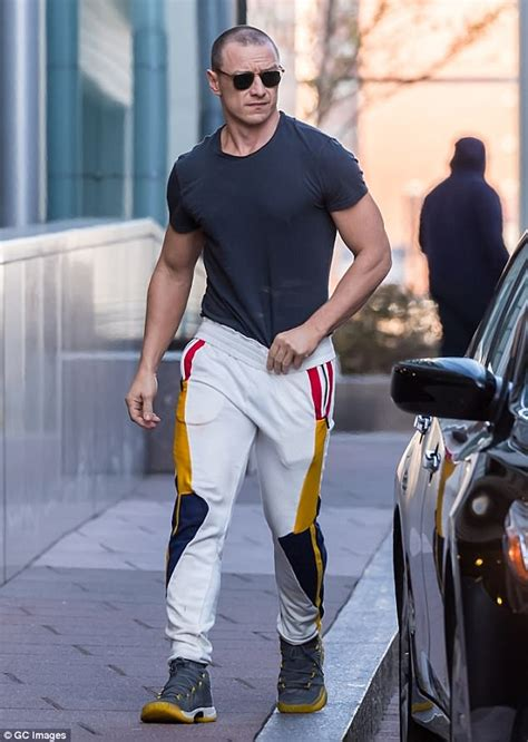 james mcavoy where is he from james mcavoy displays very hunky physique in philadelphia