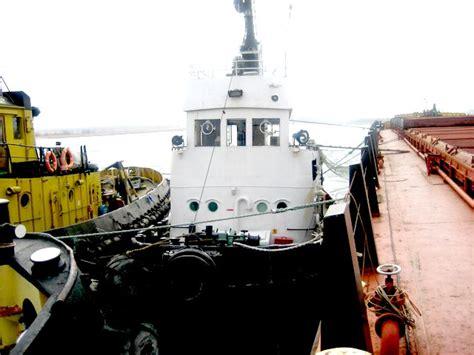 sleepboot te huur zee sleepboot te huur time charter vaartuig te koop