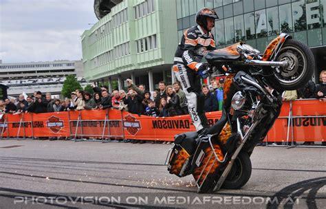 Motorrad Stuntshow österreich by Stunt Show 12 Ernst Happl Stadion Vienna Harley Days