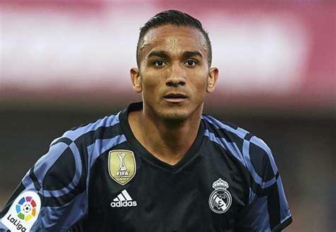 Promo Jam Dinding Club Bola 25 Cm Real Madrid danilo akan di boyong real madrid