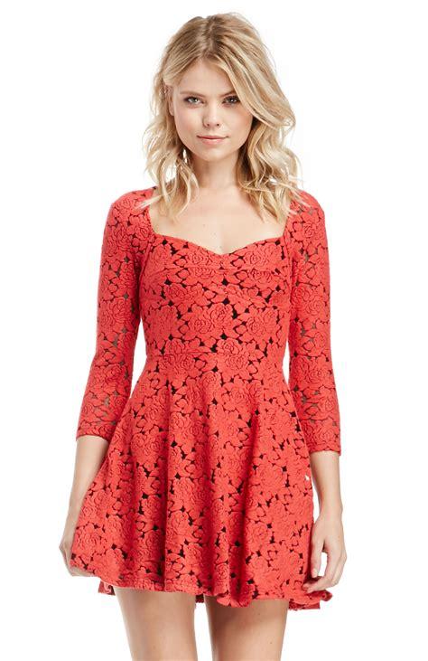 minkpink  red dress  red dailylook