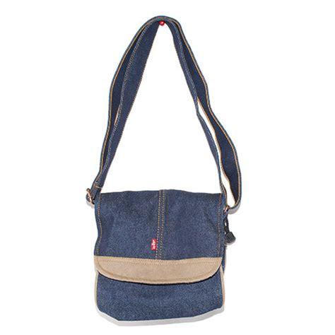 Handbag Levis 1102 02 levis tab sling flap denim bag sportie la