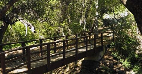 Conejo Botanical Garden Trail At The Conejo Botanical Gardens In Thousand Oaks California That Extends Across This