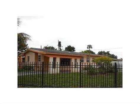 Homes For Sale In Miami Gardens by Miami Gardens Florida Reo Homes Foreclosures In Miami