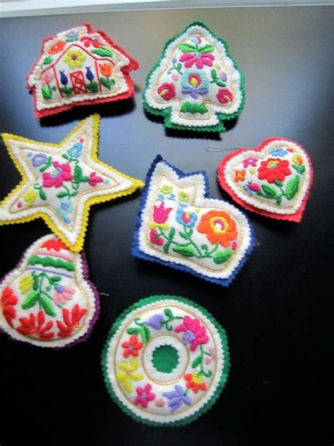 handmade vintage stuffed felt embroidered christmas
