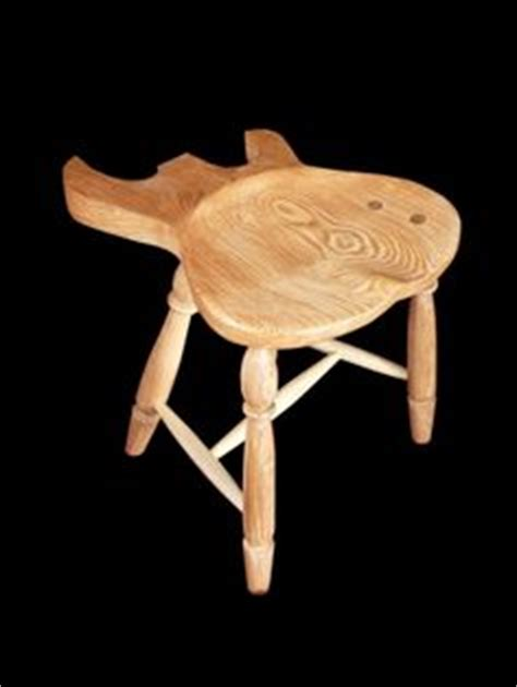 Guitar Foot Stool Alternatives by 1000 Images About Guitar On Guitar Stand