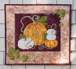 quilting wall quilts berry patch ii free wall quilt 983 best fall quilt 1 images on pinterest