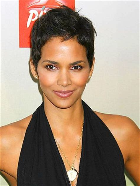 what face shapes do halle berry has oval shape face halle berry her face could be