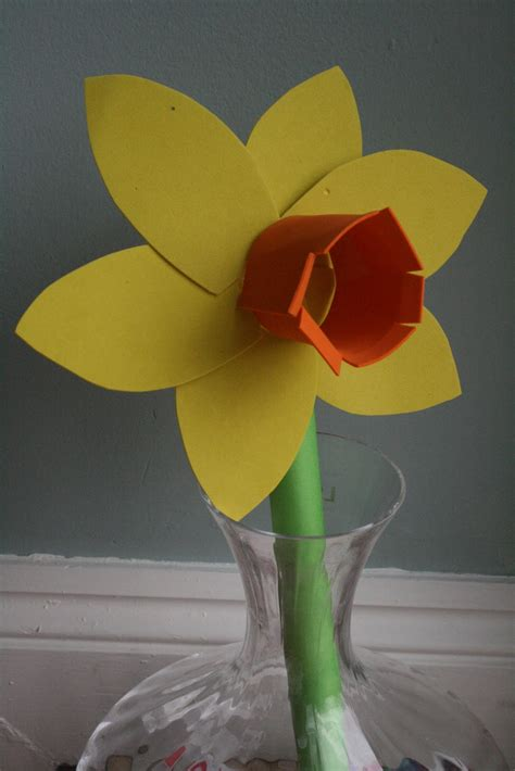 How To Make A Of David Out Of Paper - daffodils for st david s day the imagination tree