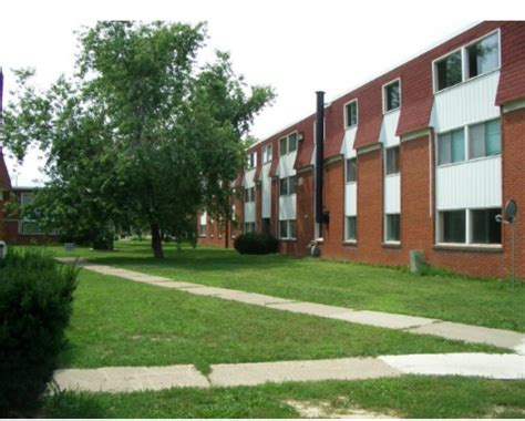 1 bedroom apartments in windsor ontario windsor 3 bedrooms apartment for rent ad id ypm 316875
