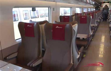 freccia rossa interno frecciarossa 1000 treno veloce trenitalia