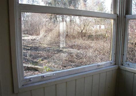 Veranda Mit Fenster by Gartenhaus Mit Alter Veranda Mit Fenster Zumauschieben