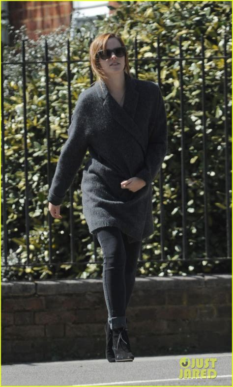 emma watson just jared emma watson lovely in london photo 2860185 emma