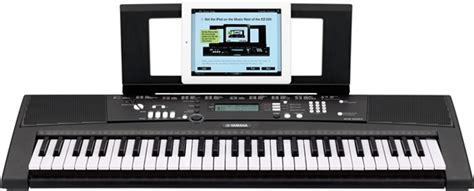 yamaha keyboard lighted keys yamaha ez220 lighted 61 key portable keyboard