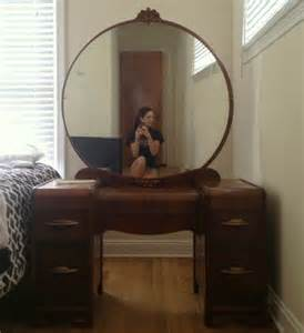 Vanity Mirror Sale The Low On Estate Sales From My One Experience C