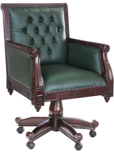 fauteuil de bureau chesterfield fauteuil de bureau en acajou massif et capitonn
