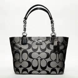 Chelsea Signature 9 boutiquebag coach new chelsea signature tote