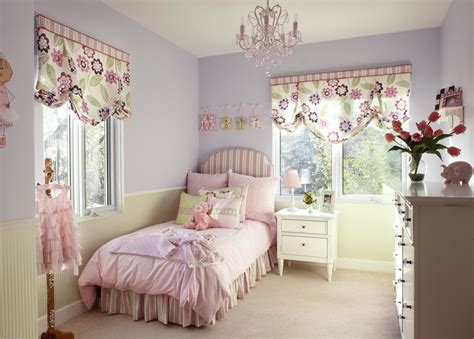 chandelier for girls bedroom pretty pink chandelier for girls room homesfeed