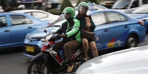 Motorrad Durch Stau Fahren by Motorrad Taxis In Indonesien Die Anti Stau App Taz De