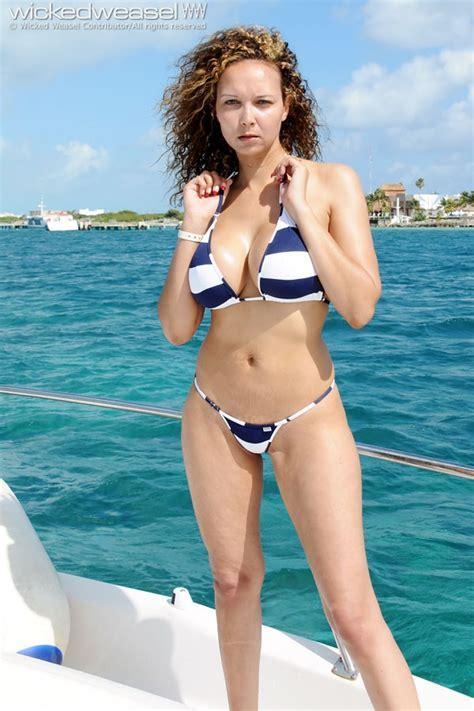 Brunette Milf Bikini Sex Porn Images