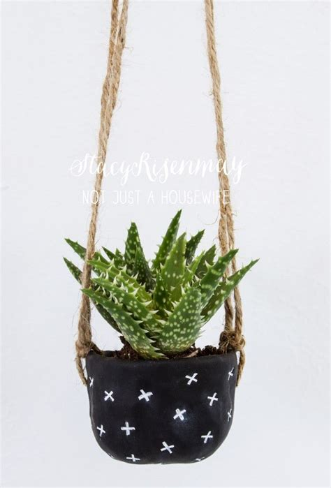 diy hanging plant pot 17 best ideas about clay planter on pinterest hanging
