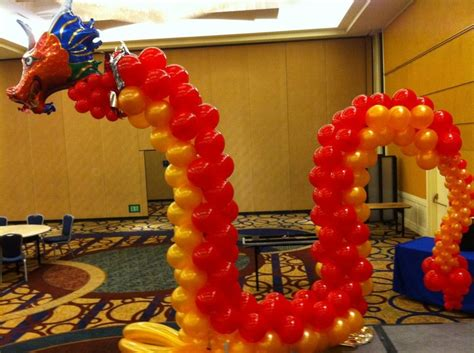 Balloon chinese dragon sculpture perfect for chinese new years balloon sculptures