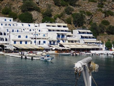 blue house restaurant the blue house from the ferry picture of blue house restaurant loutro tripadvisor
