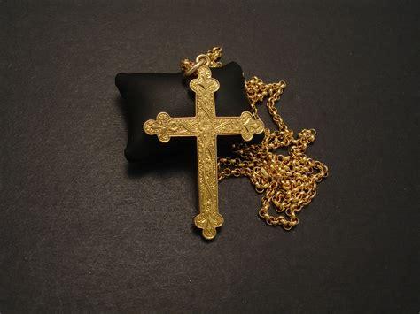 cross pendant gold antique christopher william
