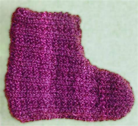 basic knit slipper pattern keep your children s feet warm with these knitted slipper