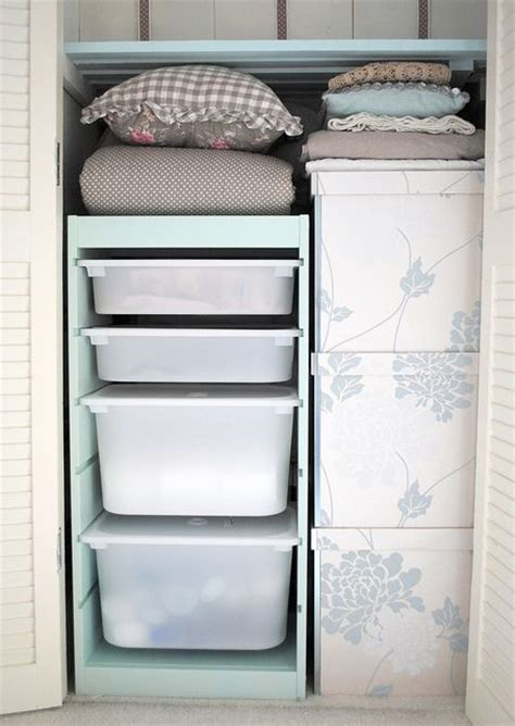 Closet Organizer Box by 17 Best Ideas About Plastic Storage Drawers On