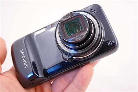 Samsung Galaxy S4 Zoom samsung galaxy s4 zoom review shapeless but a smart