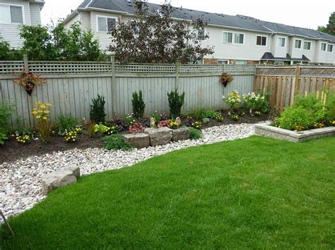 landscaping ideas backyard small backyard landscaping ideas pictures saomc co