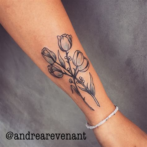 andrea tattoo delicate tulip by andrea revenant tattoos by