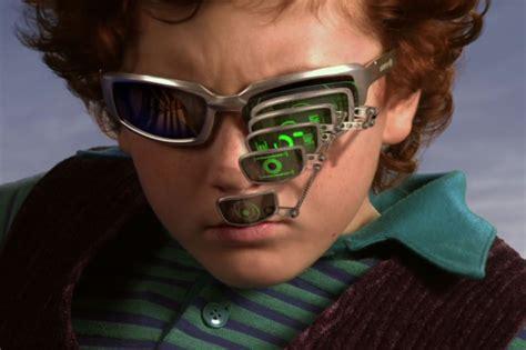 Black Glasses Meme - spy kids zoom glasses meme gets popular on reddit