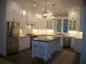ceiling high kitchen cabinets best 25 cabinets to ceiling ideas on white