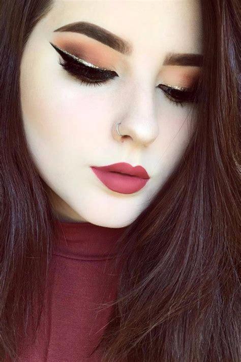 Eyeshadow Terbaik 25 ide terbaik tentang glitter eyeliner di