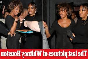 whitney houstons daughter bobbi kristina was rushed to photo of whitney houston dead in bathroom