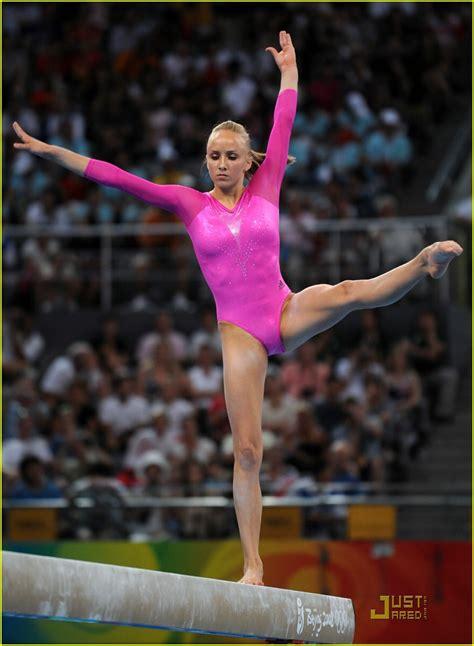 shawn johnson gymnastics wardrobe malfunctions shawn johnson is gold glorious photo 1357001 nastia