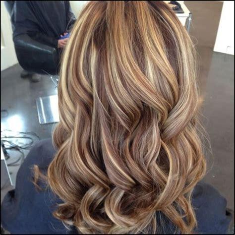 stilvolle vorschlaege fuer braune haare mit blonden