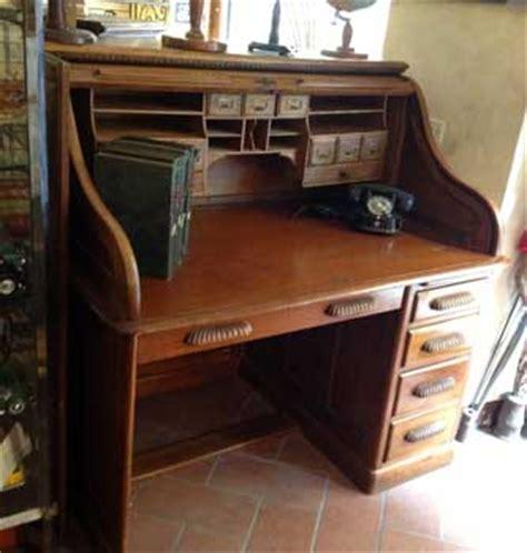 scrivanie antiche usate antiquariato castellani antiquari in cortona dal 1919 mobili