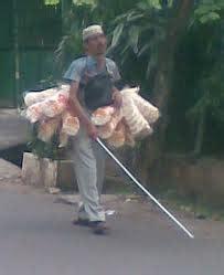 Tongkat Orang Buta si buta penjual kerupuk pustaka laka